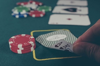 AA dan chip poker